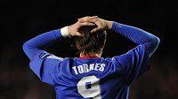 Zklamaný Fernando Torres. V dresu Chelsea čeká na gól už jedenáct zápasů