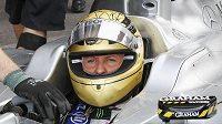 Statistika Mercedesu Michaela Schumachera potěšila.
