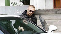 Fotbalista Sparty Tomáš Řepka míří na jednání disciplinární komise, která mu vyměřila dvouzápasový trest.
