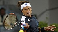 David Ferrer returnuje proti Andy Murraymu.