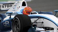 Michael Schumacher při testu s vozem GP2 na okruhu v Jerezu.