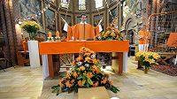 V nizozemském Obdamu pojali nedělní mši netradičně.
