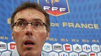 Nový kouč francouzských fotbalistů Laurent Blanc splnil slib.