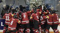 Švýcarští hokejisté do dvaceti let slaví nečekený postup přes Rusko do semifinále MS