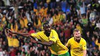 Fotbalista Žiliny Momodou Ceesay oslavuje svou branku do sítě Sparty