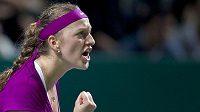 Tenistka Petra Kvitová ve vítězném gestu