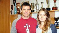 Sportovní střelec David Kostelecký s manželkou Lenkou.