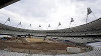 Na Olympijském stadiónu v Londýně finišují přípravy.