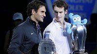 Andy Murray a Roger Federer po finále v Šanghaji.