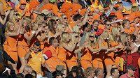 Nizozemské fanynky na zápase MS ve fotbale.