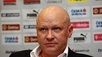 Šéf českého fotbalu Ivan Hašek chce, aby se o jeho nástupci rozhodlo už v úterý na jednání strahovské generality.