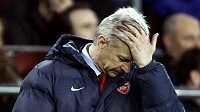 Zklamaný kouč Arsenalu Arséne Wenger