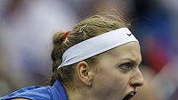 Hotovo. Petra Kvitová porazila ve finále Fed Cupu Marii Kirilenkovou 6:2, 6:2.
