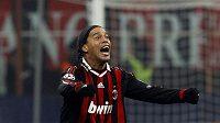 Ronaldinho ještě v dresu AC Milán.