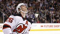 Patrik Eliáš z New Jersey Devils reaguje na neproměněný samostatný nájezd v utkání proti Torontu.