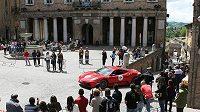 Bude se ulicemi Říma prohánět formule 1? Obyvatelé věčného města jsou veskrze proti.