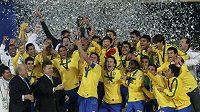 Fotbalisté Brazílie se radují ze zisku titulu mistrů světa hráčů do dvaceti let.
