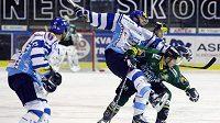 Hokejisté Kladna podlehli Ufě v pondělí, hráči Karlových Varů o den dříve.