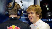 Jezdec Red Bullu Sebastian Vettel během pátečního tréninku na italské Monze.
