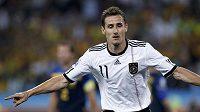 Německý útočník Miroslav Klose bude měsíc bez fotbalu.