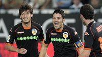 David Villa (uprostřed) ještě v dresu Valencie.