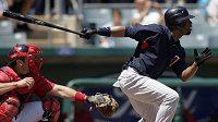 Baseballista Denard Span z Minnesoty při odpalu