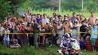 Fanoušci v Argentině sledují účastníky Rallye Dakar