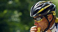 Americký cyklista v barvách stáje Astana Lance Armstrong