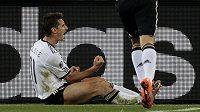 Miroslav Klose se raduje z gólu, jímž jistil vedení Německa nad Austrálií.