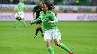 """Petr Jiráček mění """"vlčí"""" dres Wolfsburgu za trikot hamburského HSV."""