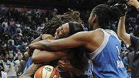 Basketbalistky Minnesoty se radují z historicky prvního titulu WNBA.