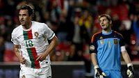 Hugo Almeida v portugalském dresu se raduje z branky.