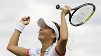 Česká tenistka Petra Cetkovská se raduje z vítězství.