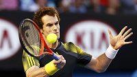 Andy Murray v zápase s Novakem Djokovičem.