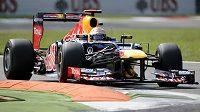 Německý závodník Sebastian Vettelze stáje Red Bull.