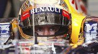 Německý pilot Red Bullu Sebastain Vettel dominoval pátečním tréninkům na GP USA vozů formule 1.