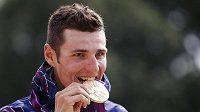 Jaroslav Kulhavý se zlatou olympijskou medailí