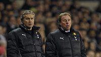 Trenér Tottenhamu Harry Redknapp (vpravo) se svým asistentem Kevinem Bondem