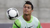 Cristiano Ronaldo během přípravy Portugalska v městečku Obidos.
