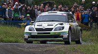 Finská posádka Juho Hänninen a Mikko Markkula s vozem Škoda Fabia S2000 při Barum rallye.