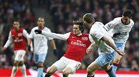 Tomáš Rosický z Arsenalu v zápase proti Aston Ville