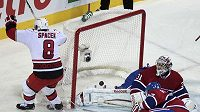 Jaroslav Špaček nedal gólmanovi Montrealu Carey Priceovi šanci.