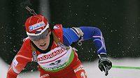 Biatlonistka Veronika Vítková během Světového poháru v Novém Městě na Moravě