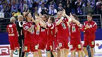 Házenkáři Norska slaví vítězství na ME proti Slovinsku.