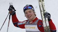 Norský běžec na lyžích Eirik Brandsdal oslavuje triumf ve finále sprintu v Miláně.