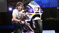 Český motocyklista Karel Abraham s novým strojem Ducati.
