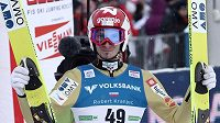 Slovinec Robert Kranjec zvítězil v prvních letech na lyžích v rakouském Kulmu.