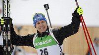 Německý biatlonista Andreas Birnbacher se raduje z vítězství