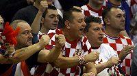 Fanoušci házenkářů Chorvatska hnali svůj tým k úspěchu v utkání s Maďarskem.