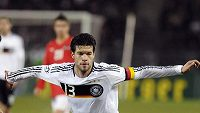 Michael Ballack v dresu německé fotbalové reprezentace.
